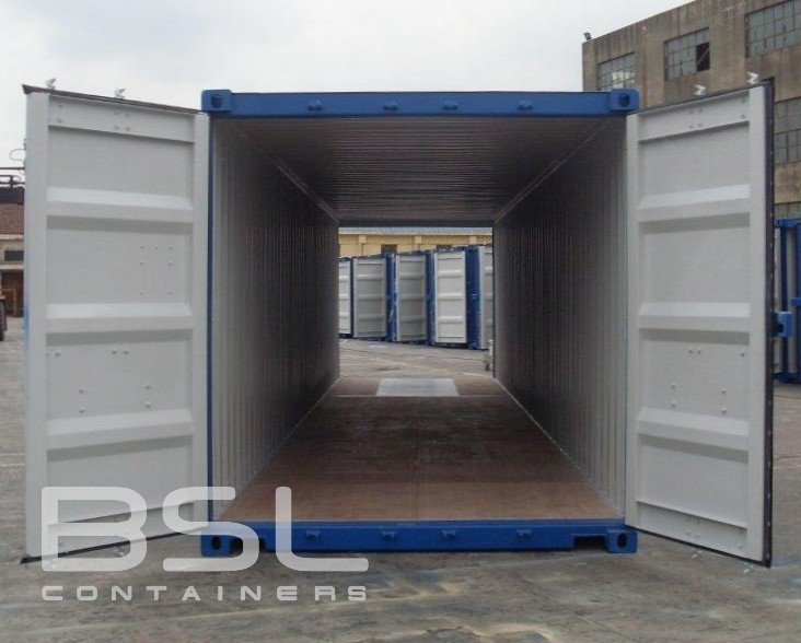 40ft-double-door-container-01-doors-open
